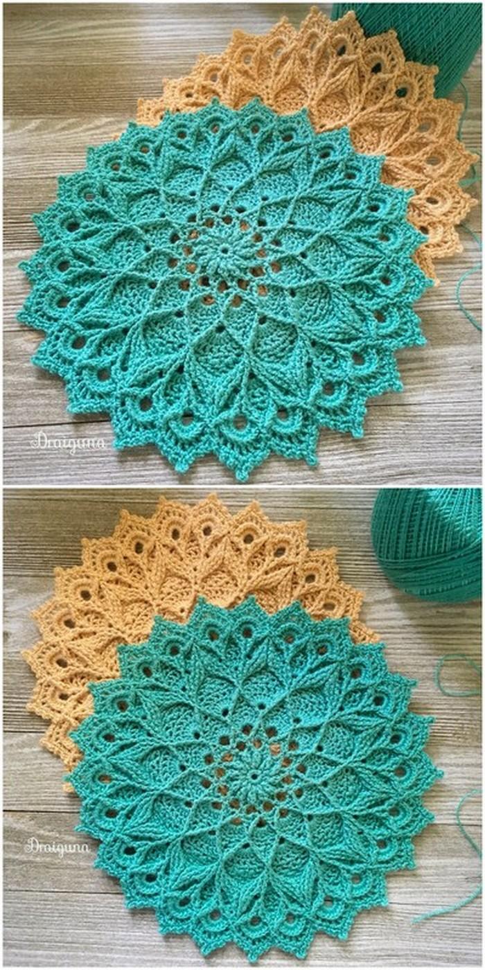 Broad Flowers Mat Free Crochet Pattern